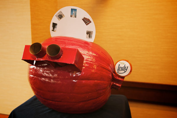 Housing Pumpkin - Indy View-master