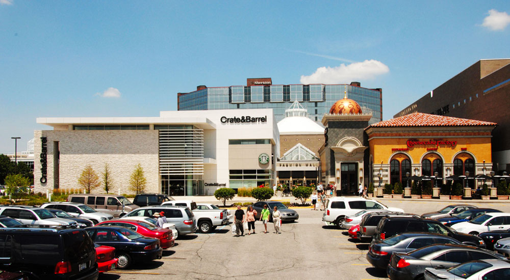 Fashion Mall at Keystone The Fashion Mall at Keystone, known better as The Fashion Mall, is an upscale shopping center in the northeast section of the city of Indianapolis, Indiana. The mall is located off I at 86th Street and xflavismo.ga: Simon Property Group.